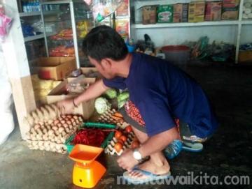 Desember Diperkirakan Harga Bahan Pokok di Saibi Siberut Tengah Akan Naik