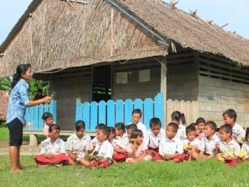 Bupati Mentawai Segera Luncurkan Buku Pelajaran Budaya Mentawai