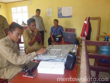 SMAN 2 Sikakap Gunakan Pemancar Radio Rakitan untuk UN