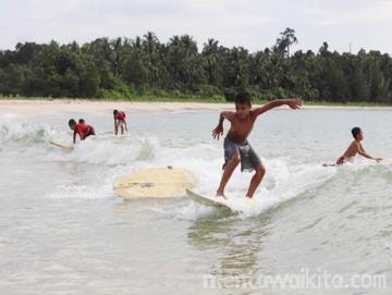 Mentawai Gelar Surfing Bupati Cup Perdana