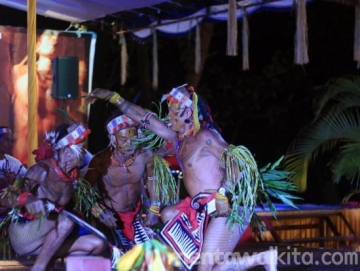 Turuk Manyang Tarian Pembuka Festival Masyarakat Adat