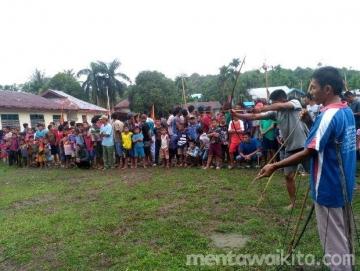 Baigi Sabelai Pemanah Tradisional dari Saibi