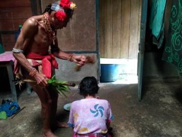 Pasisibit Besik Ritual Pengobatan Sikerei