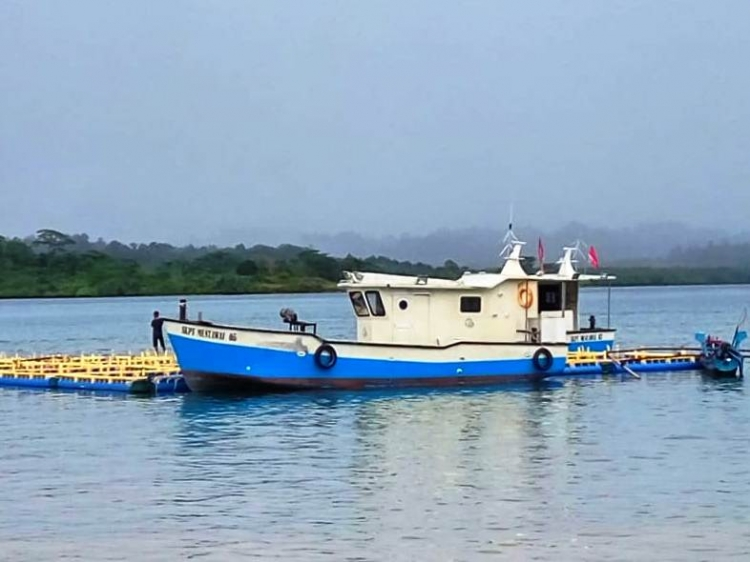 Pendapatan Nelayan Sikakap Meningkat Setelah Mendapat Bantuan Kapal