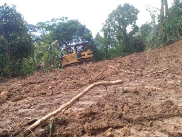 Pembangunan Jalan Trans Mentawai di Siberut Tengah Dilanjutkan
