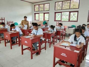 SMAN 1 Pagai Selatan Akan Daftarkan 43 Siswanya Beasiswa Bidikmisi