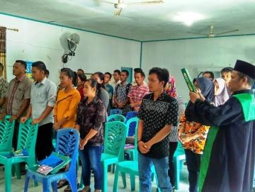 Panwascam Siberut Selatan Lantik 34 Pengawas TPS