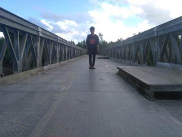 Tapak Jembatan Besi di Saibi Samukop Semakin Retak