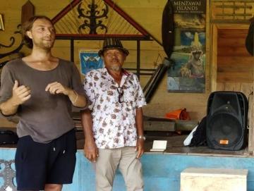 Shincy Photo Voice Ajarkan Anak Muda Siberut Menjadi Fotografer