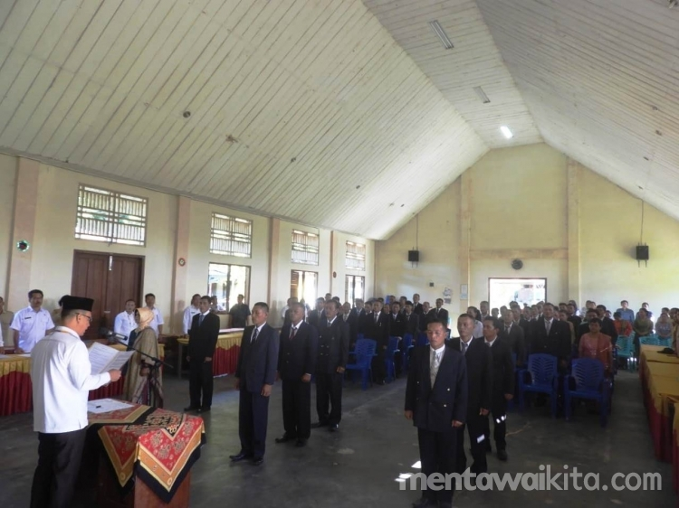 Bupati Mentawai Lantik 52 Anggota BPD Siberut Barat Daya dan Siberut Selatan