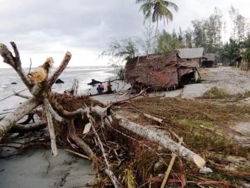 Pemerintah Anggarkan Rp10 Miliar Tangani Abrasi Pantai Sikabaluan
