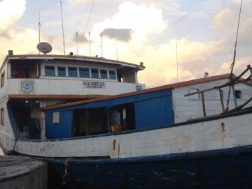 Warga Rebutan Naik Boat Karena Tak Ada Layanan Kapal Antar Pulau ke Siberut Barat
