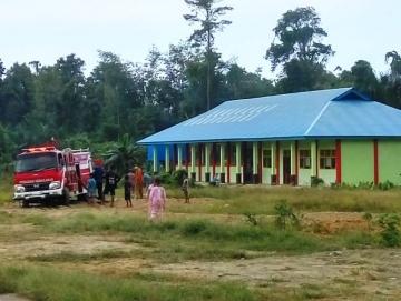 Tim Damkar Sikakap Sulit Jangkau Lokasi Kebakaran Lahan di Rakrak Joja