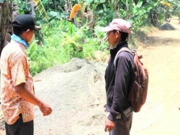 Pemdes Matobe Anggarkan Rp53 Juta Buat Jalan di Mangaungau