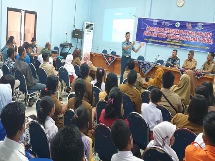 Dinkes Mentawai dan Lantamal II Padang Sosialisasikan PHBS