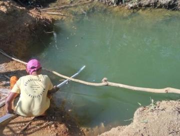 Kemarau di Sikakap Warga Andalkan Kolam Air Man Hulu
