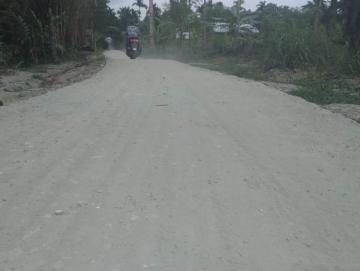 Jalan Rusak di Mangorut-Rogdok Sudah Diplester