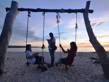 PAD Sektor Wisata Tak Penuhi Target Disparpora Mentawai Tata Destinasi Wisata