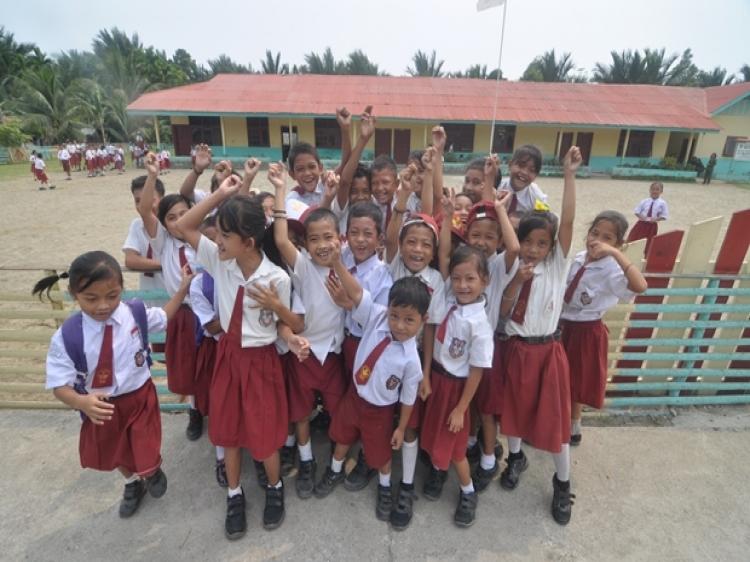 Keteladanan Guru di Mentawai Saat Pandemi Covid19