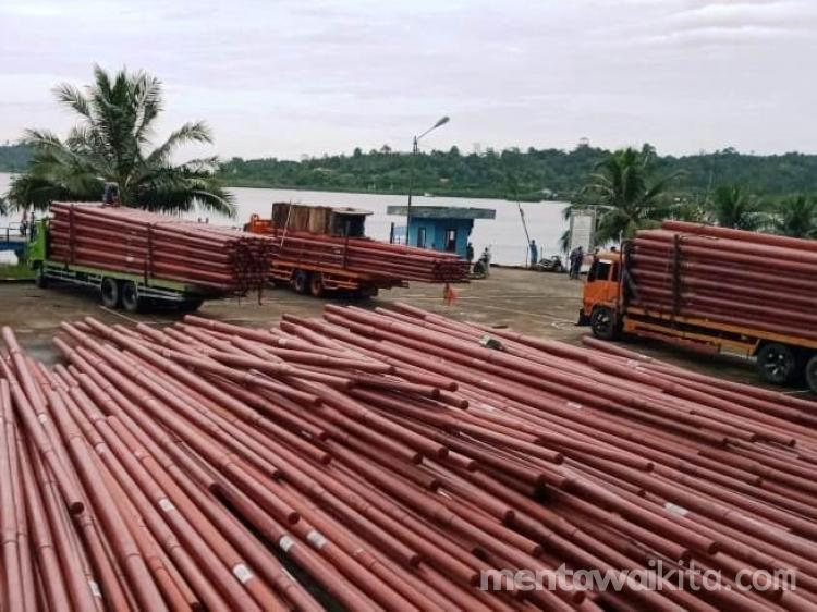 PLN Lanjutkan Pembangunan Jaringan Listrik di Pagai Utara Selatan Sepanjang 32 Km