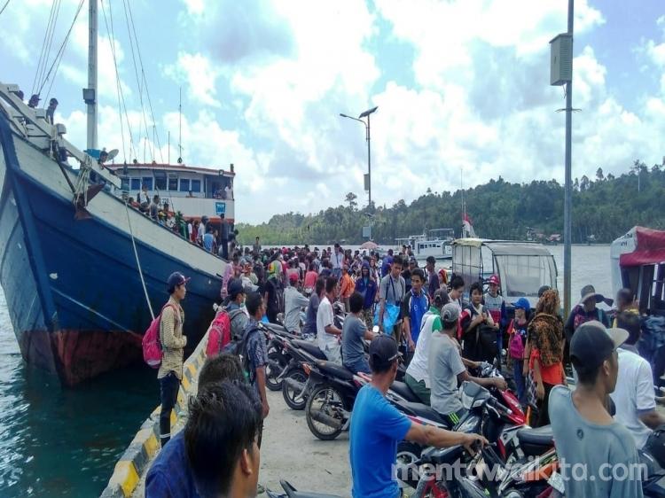 Ini Syarat Naik Kapal Antar Pulau di Mentawai