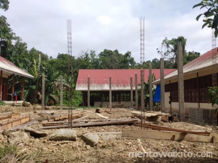 SMAN 1 Siberut Selatan Dapat Bantuan Pembangunan 2 Ruang Kelas Belajar