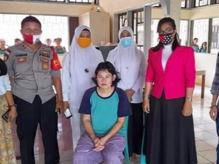 Formma Sumbar dan Polsek Sikakap Galang Dana untuk Keluarkan Irma Saogo dari RSJ HB Saanin