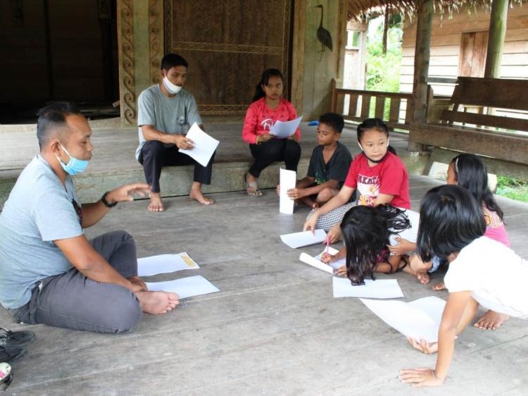 YPBM Gelar Lomba Menggambar Aksesori Mentawai untuk Pelajar
