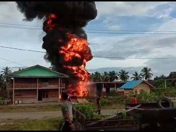 SPBU di Pokai Meledak Satu Pekerja Terbakar