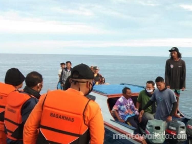 Dilaporkan  Hilang Nelayan Tuapeijat Ditemukan Selamat di Perairan Goiso Oinan