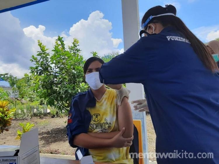 756 Warga Mentawai Telah Lakukan Vaksinasi Covid19 Tahap I