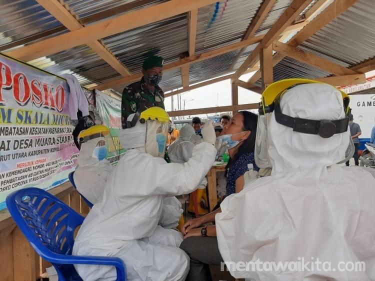 Penumpang KMP Gambolo Pilih Swab Gratis di Pelabuhan Pokai