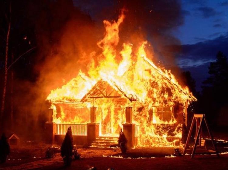 Rumah di Desa Beriulou Ludes Terbakar