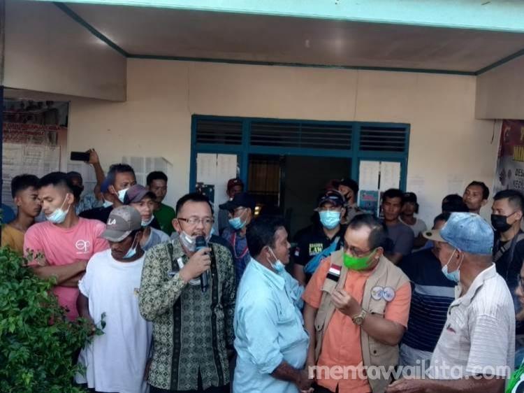 Warga Siberut Protes Penangkapan Judi Wakil Bupati Mentawaidan Kapolres Mediasi