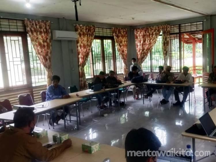 Pokdarwis Tiga Desa di Kecamatan Siberut Selatan Dilatih Membuat Paket Wisata