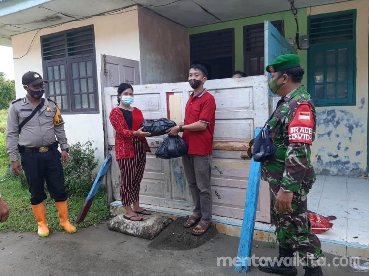 Desa Muara Sikabaluan Bantu Sembako Pasien Covid19