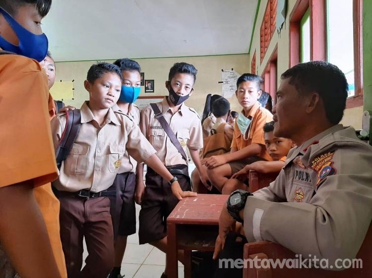 Memotivasi Pelajar di Daerah Tertinggal