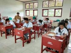 Targetkan Lulus 100 Persen Siswa SMAN 1 Pagai Utara Belajar Sore