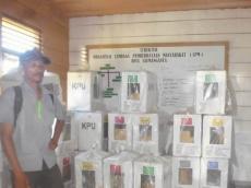 Nelsen Calon DPRD Mentawai Petahana Unggul Sementara di Desa Silabu