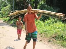Mahalnya Harga Barang di Pedalaman Siberut Barat