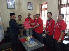 PDI-P Rekomendasikan Yosep Sarokdok Jadi Ketua DPRD Mentawai