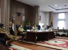 Gubernur Bahas Persiapan Pasca PSBB dan Konsep New Normal Bersama Walikota Bupati se-Sumbar