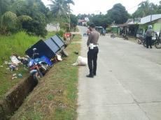 Tabrak Kendaraan Pengangkut Sampah 2 Warga Tuapeijat Patah Tulang