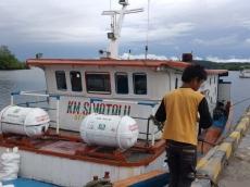 Akibat Angin Kencang Kapal Simatalu Menuju Tuapejat Batal Berlayar