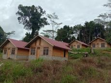 10 Guru Honorer SMP GKPM Sikakap Dapat Bantuan Rumah Dari Kementerian PUPR