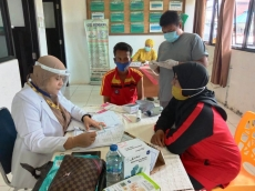 269 Guru Kecamatan Sikakap Sudah Vaksin Tahap Satu