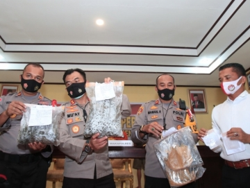 Polisi Bekuk 3 Tersangka di Siberut Hasil Curian Jutaan Rupiah Dipakai Beli Ganja dan Sabu